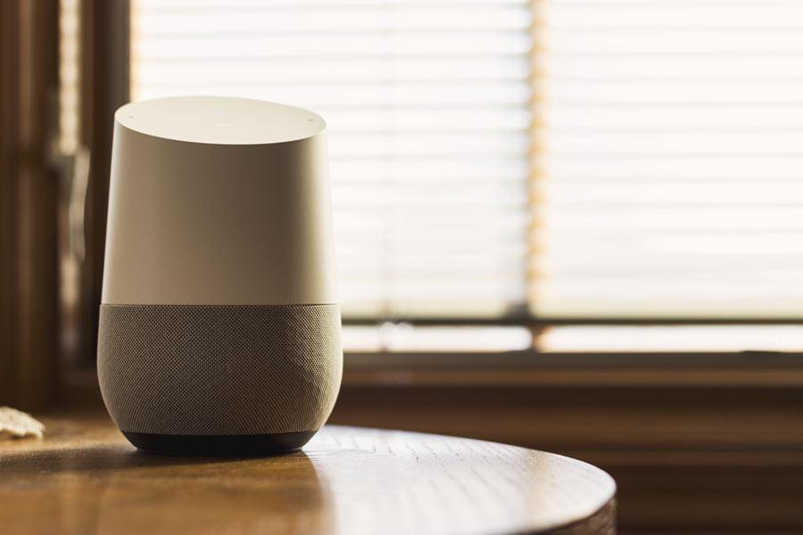 Descubre los mejores sistemas de domótica para la sala de estar y el comedor de tu casa - Blog Prosegur.