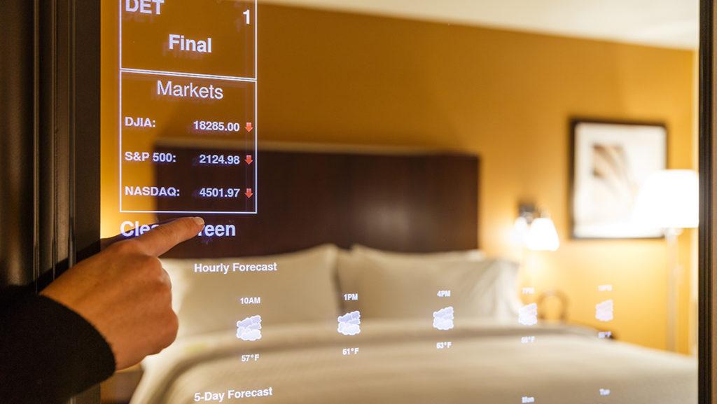 Espejo inteligente y domótica para el dormitorio