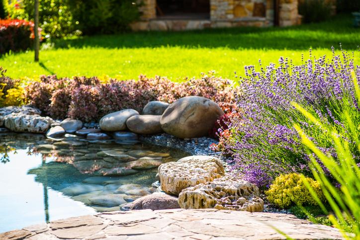 Medidas, sistemas y consejos de seguridad para el jardín de casa.