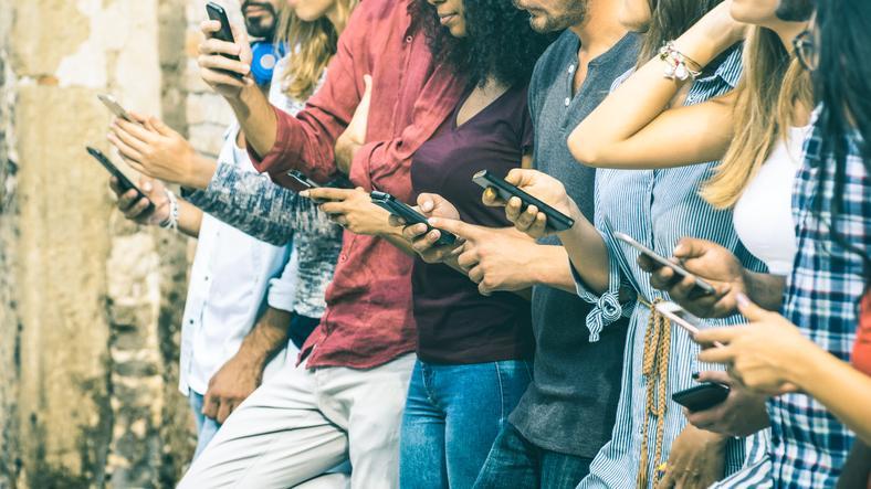 efectos de las redes sociales en la salud