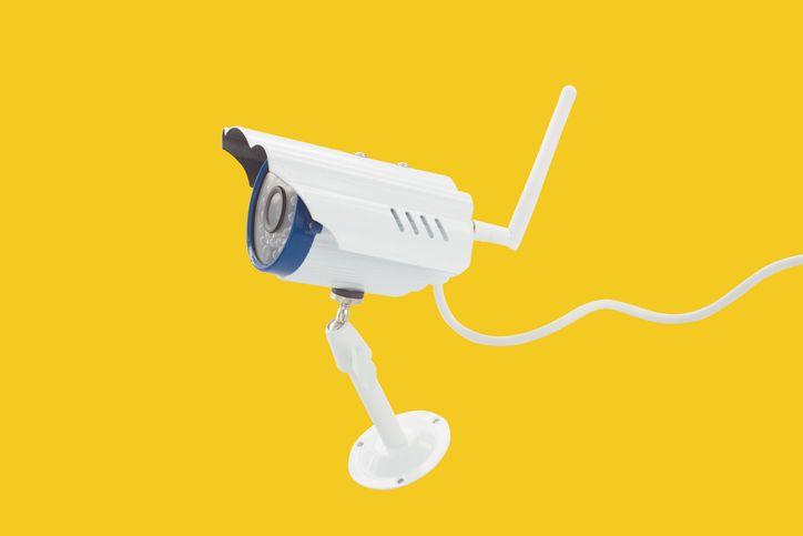 Descubre qué es mejor, una cámara ip o una cámara cctv - Blog Prosegur